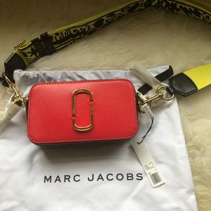 New authentic Marc Jacobs snapshot bag